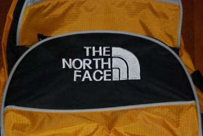 THE NORTH FACE  CARRY-ON LUGGAGE BAG ON WHEELS  Very Good Condition