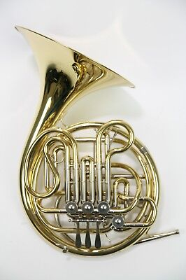 French Horn Holton H-378 in good condition