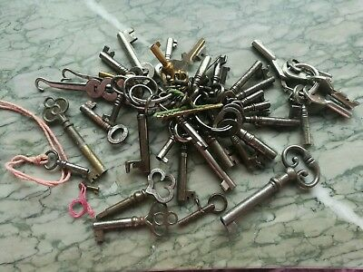 Job Lot Of Antique And Vintage Keys