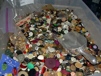 Vintage 2 pound mixed vintage button lots plastic metal MOP large small crafts