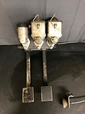 Wilwood Reverse Mount Hanging Dual Brake Clutch Pedal & Master Cylinders