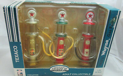 Gearbox 1:25th Scale Texaco Sky Chief Wayne 1920's Gas Pumps Limited Edition