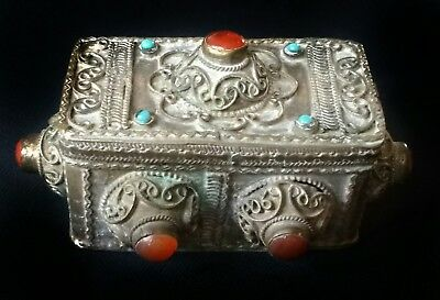 Superb antique Tibetan metal filigree lidded box with agate cabochons