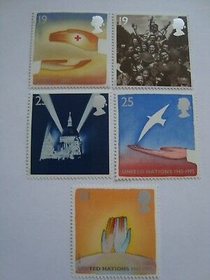 Gb 1995 Set Of Commemorative Stamps - 'europa - Peace & Freedom' Mint / Mnh