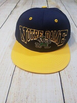 Notre Dame Fighting Irish NCAA SnapBack Flatbill Hat Cap Navy Gold Green vintage