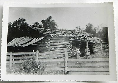 Our log home Real Vintage / Antique Photo   D566