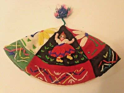 hat costume folk hand embroidered dancers traditional Madeira Portugal small