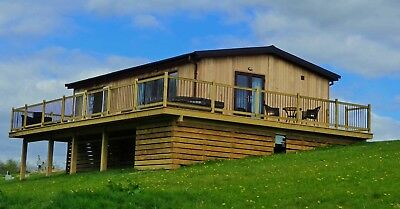 Shropshire holiday Ash Lodge. Jan 28th - 1st Feb, En-suite, Hot Tub, 3 nights