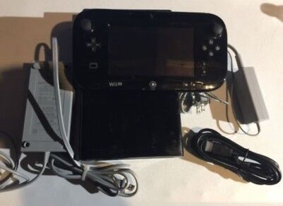 Nintendo Wii U Deluxe 32GB Black System Console Gamepad with all cords