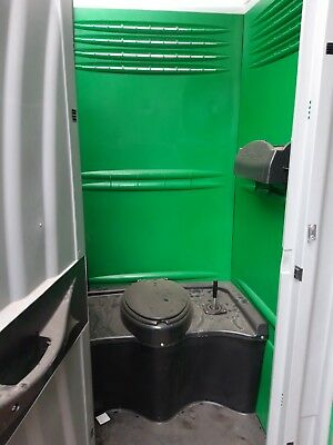 New Chemical Portable Site Loo Toilet C/w Flush & Urinal