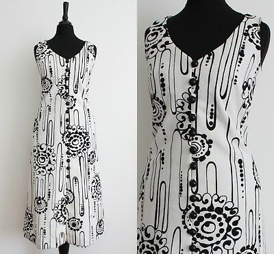 Vintage 1960s MOD Dress White Abstract Monochrome RETRO Scooter Shift Dress 10