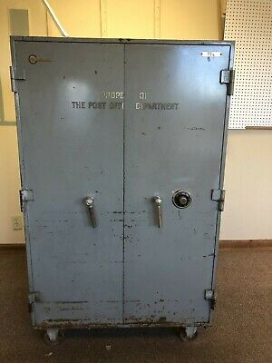 MOSLER SAFE TWO door with inner safe , old post office safe, good condition