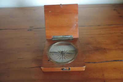 Pocket compass – wooden – British Government - vintage