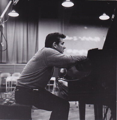 LEONARD BERNSTEIN by Adrian Siegel * VINTAGE Iconic Rare c. 1960s PIANO photo