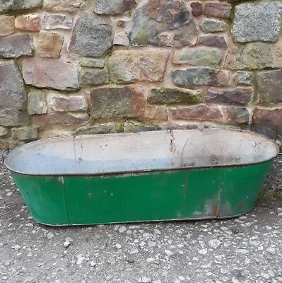 Old Vintage Galvanised Metal Bath Tub With Handles. Good Condition.