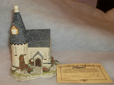 "David Winter's 1984 ""the  Chapel"" In  Mint Condition"