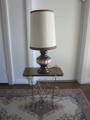 Stunning Vintage Very Retro Glazed Ceramic Table Lamp With Shade