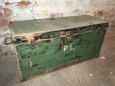 Vintage green wooden trunk chest coffee table