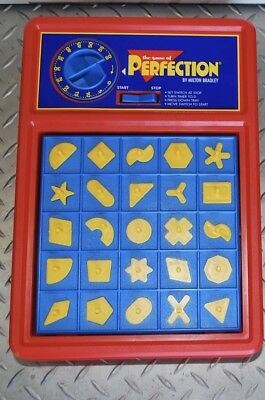PERFECTION  GAME Complete Milton Bradley 2000