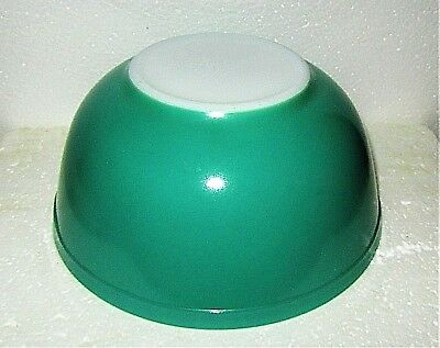 Vintage Pyrex Green Primary Colors Kitchen  Nesting Mixing Bowl~2 1/2 Qt~ #403