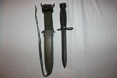 BOC M7 US Military Issue Vietnam Fighting Knife USMC Army with M8A1 Scabbard T7