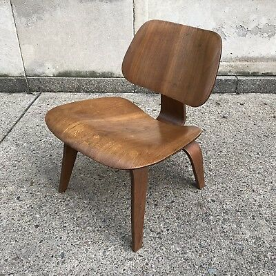 Vintage Rare And Early Eames Walnut LCW For Evans Pre Herman Miller 1940s