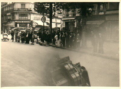 Foto, Strassenszene in Paris 18.06.1940 (N)20252