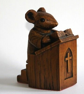 Church Mouse Figurine– Preacher in The Pulpit
