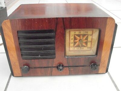Stromberg Carlson P31683 Deco Wood Table Radio  no card sold as is