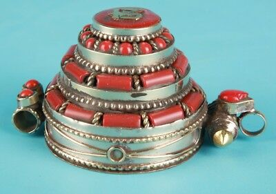 Vintage Chinese Tibetan Silver Pendant Box Ladies Decorate Gift Collection
