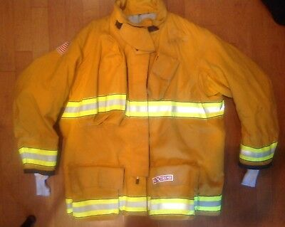 Firefighter's Globe G Extreme Turnout Coat. 56X35. 11/2012. Used.
