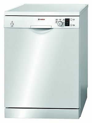 Bosch SMS50E52AU 60cm Freestanding Dishwasher White - good used condition