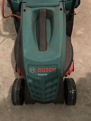 Bosch Rotak 32R Electric Rotary Premium Lawnmower  + Roller. NEW. GUARANTEE