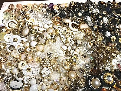 Lot Of 100 Vintage Look Sewing Buttons #90