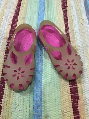 1a6d70169bb7 ... Used Girls Crocs Size 11 for sale in Elizabeth · CROCS ...