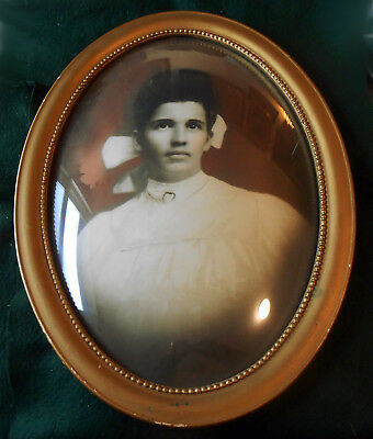 Antique Early 1900-1920 Oval Convex Glass Frame w/ Tinted Portrait
