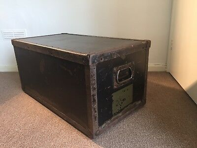 Us Army Foot Locker By Lau Blower And Co Vintage WW2? Coffee Table Storage