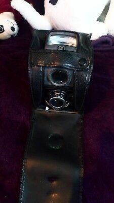 Ensign Ful-Vue Classic Vintage film Camera. With case.