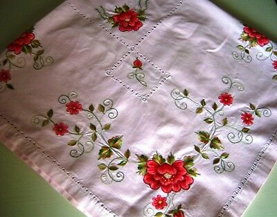 """Vintage Valentine Tablecloth 1950s Pink w Emb Red Roses 54 x 54"""""""