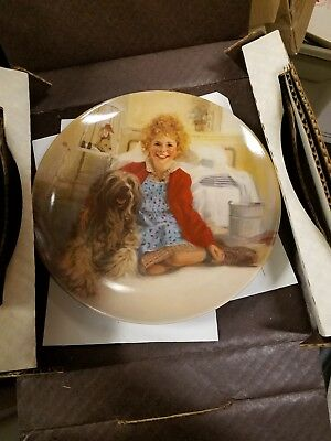 Annie & Sandy/Daddy Warbucks - The Annie Collectors Series Lot of 2 plates NIB