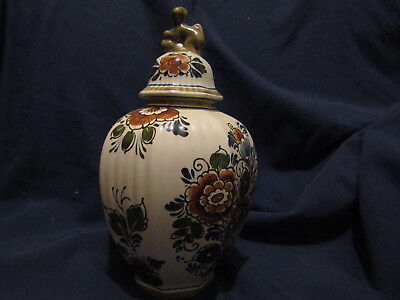 Delft polychrome ginger jar