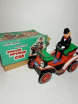 SHAKING ANTIQUE CAR battery operated tin toy Japan BOX TN WORKS EXCELLENT
