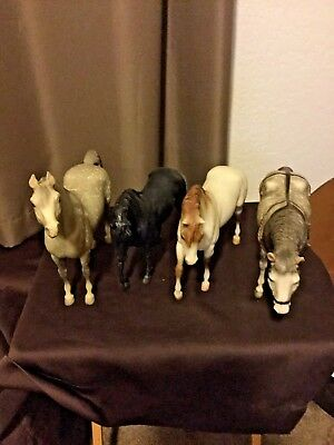 LOT OF BREYER RETIRED HORSES - Traditional (3) - 1 classic