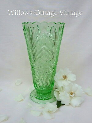 Unusual~Very~LARGE~Vintage~Depression~Green~Glass~Vase
