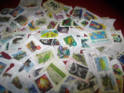 bulk lot of 1000 aussie postage stamps