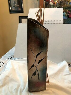 VINTAGE 80's ART POTTERY VASE, HAND-CRAFTED, ARTIST SIGNED HT, ASIAN MOTIFF