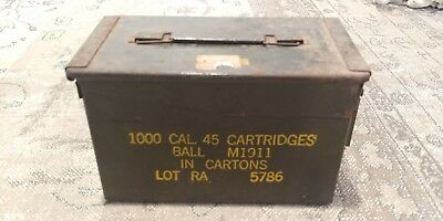Vintage Metal AMMUNITION AMMO BOX CONTAINER ARMY GREEN 1000 Cal. 45 Cart. M1911