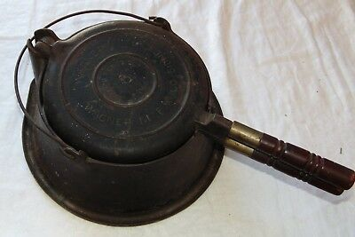 Wagner mfg cast iron pat'd 1910 no. 8 waffle iron with stand