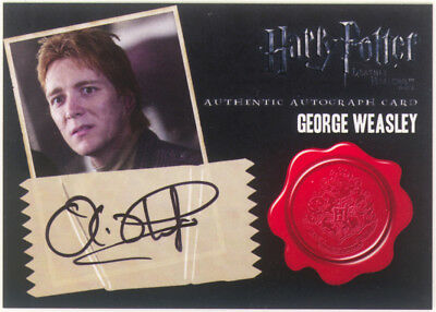 Harry Potter DEATHLY HALLOWS AUTOGRAPH CARD OLIVER PHELPS as GEORGE WEASLEY 2011