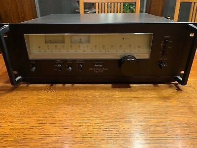 SANSUI TU-517 AM/FM STEREO TUNER with side rack handles
